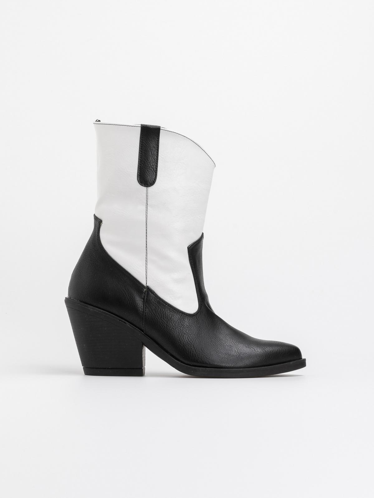 Δίχρωμα western μποτάκια - Λευκό/Μαύρο