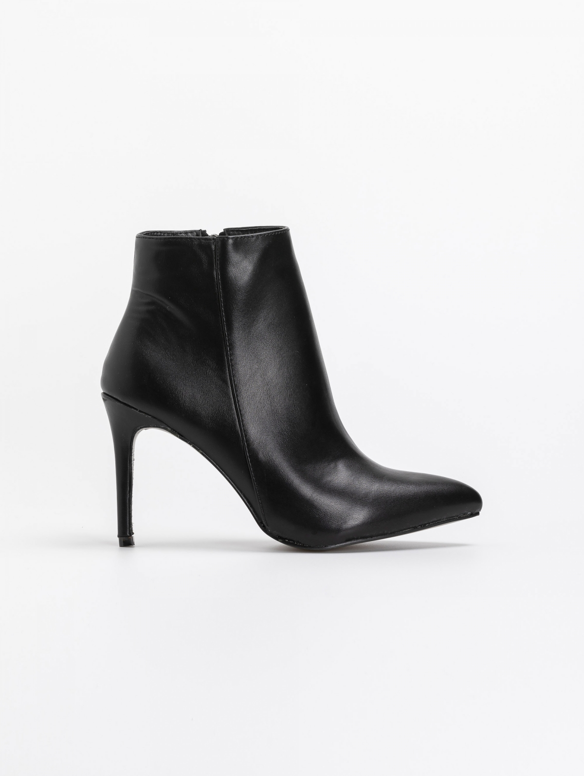 Μυτερά basic ankle boots - Μαύρο