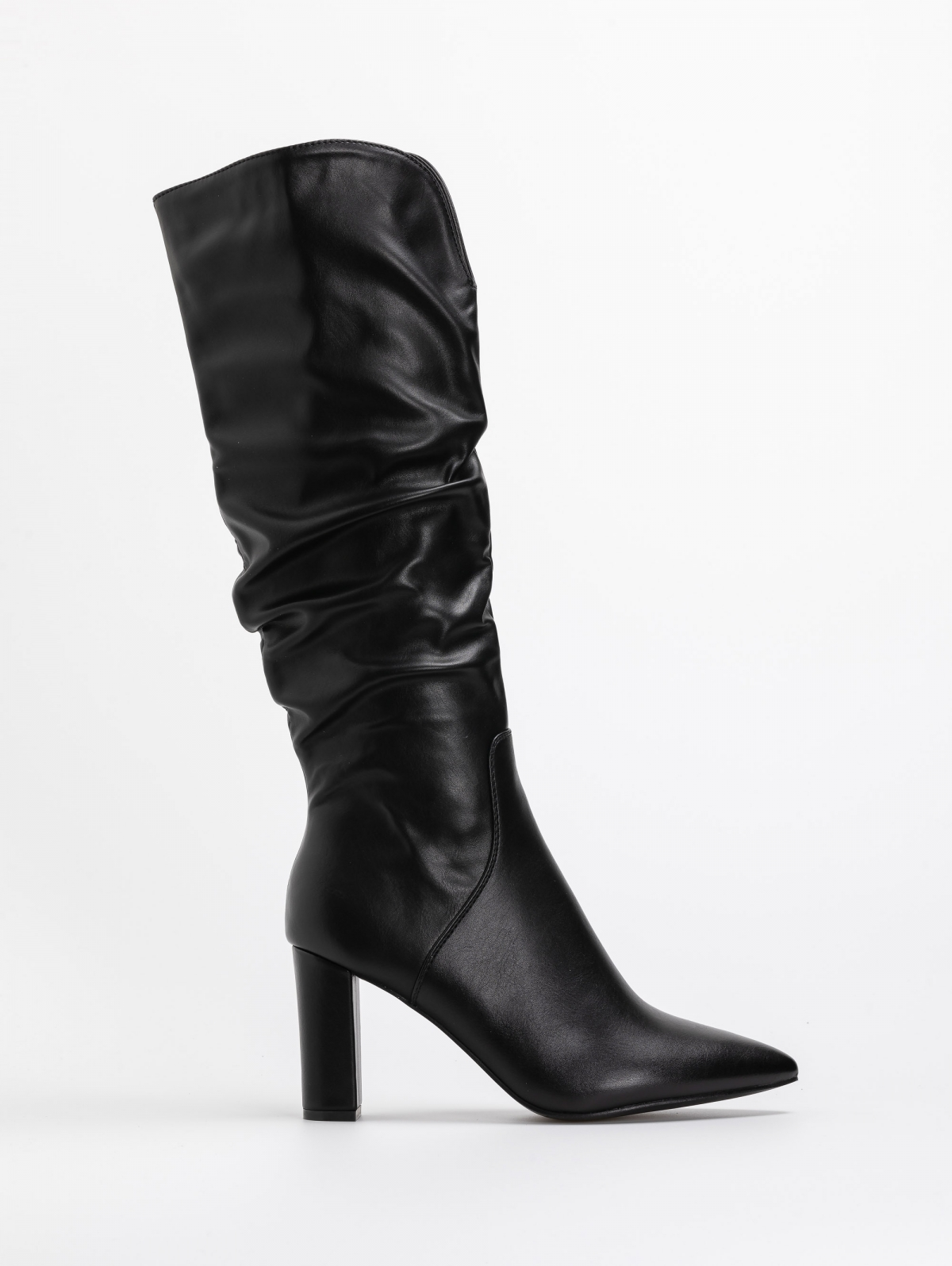 Μυτερές μπότες με άνοιγμα στο τελείωμα - Μαύρο