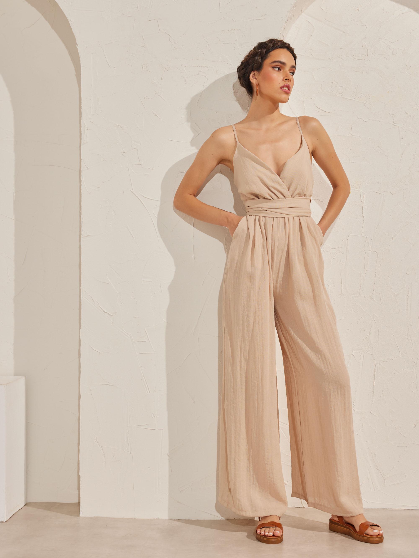 Ολόσωμη φόρμα με φαρδιά πατζάκια - Μπεζ