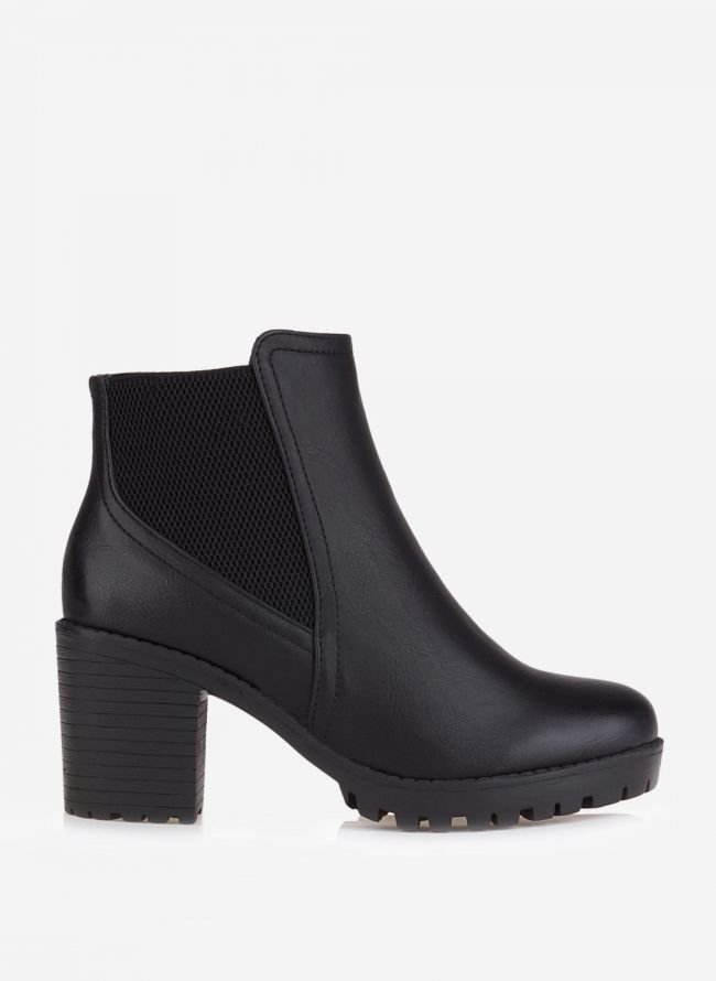 ANKLE BOOTS ΜΕ ΤΑΚΟΥΝΙ