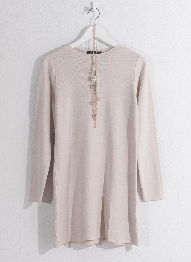 Basic μπλούζα με κολιέ - Μπεζ