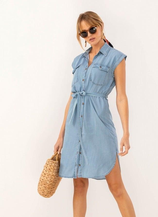 36cc67f1eee9 Αμάνικο φόρεμα πουκάμισο με ανοίγματα στο πλάι - Γαλάζιο