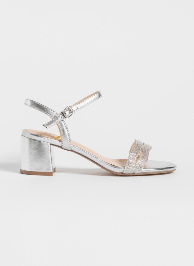 Block heel πέδιλα σε μεταλλικές αποχρώσεις - Ασημί