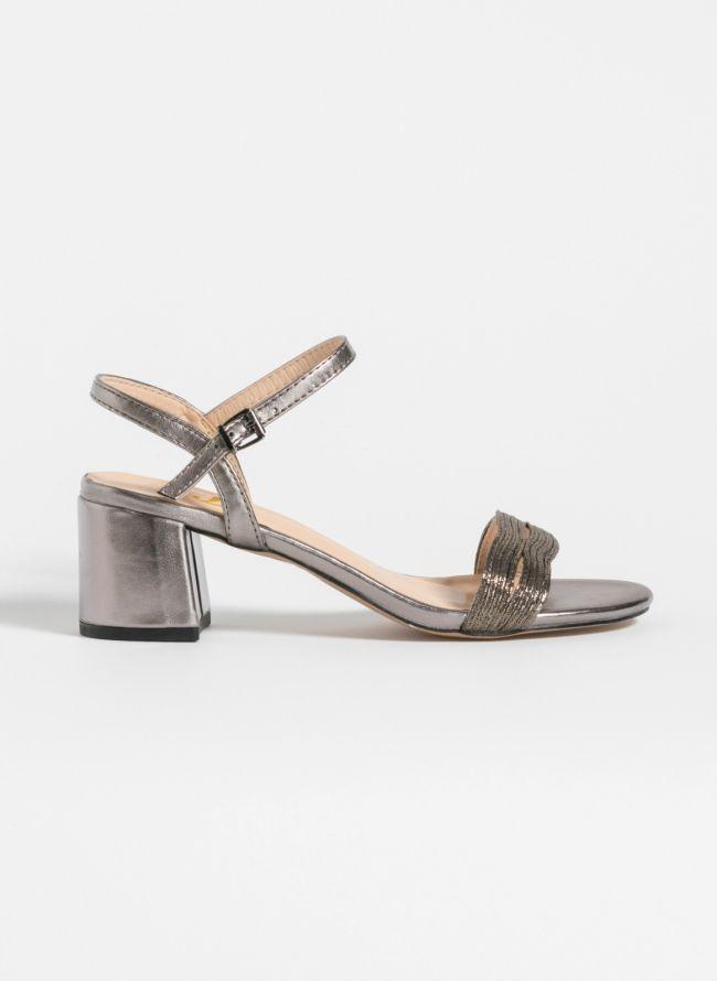 Block heel πέδιλα σε μεταλλικές αποχρώσεις - Ατσαλί