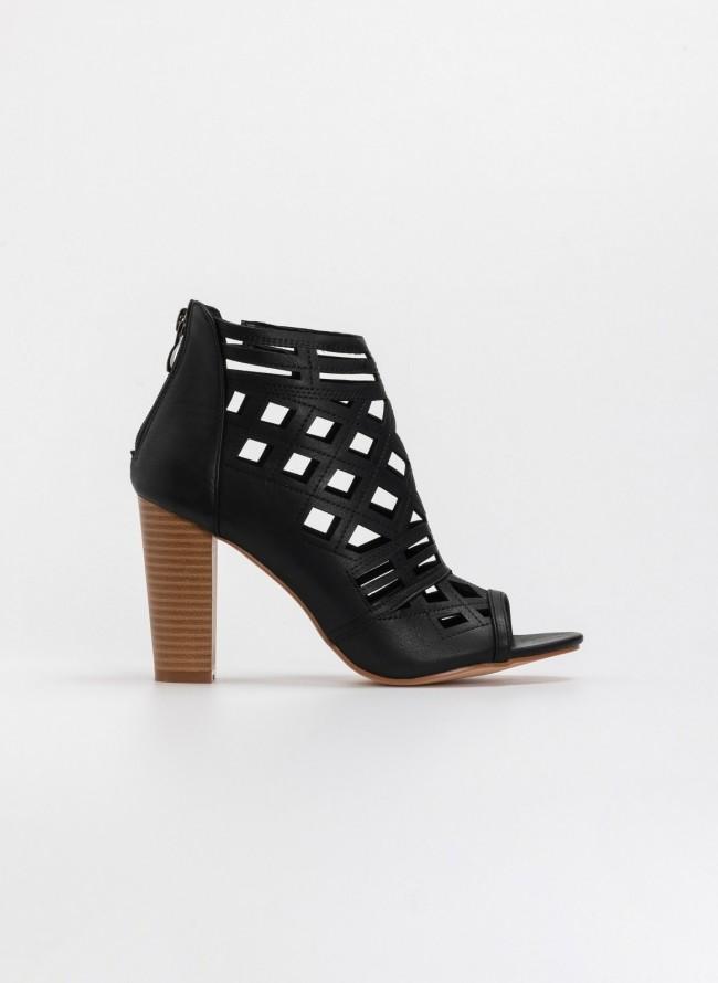 ccb0aa937fba Διάτρητα peep toe μποτάκια αστραγάλου με ξύλινο τακούνι - Μαύρο