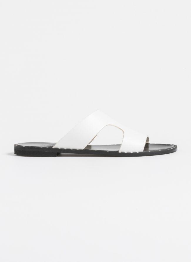 Estil flat δερμάτινα σανδάλια με ανοίγματα - Λευκό