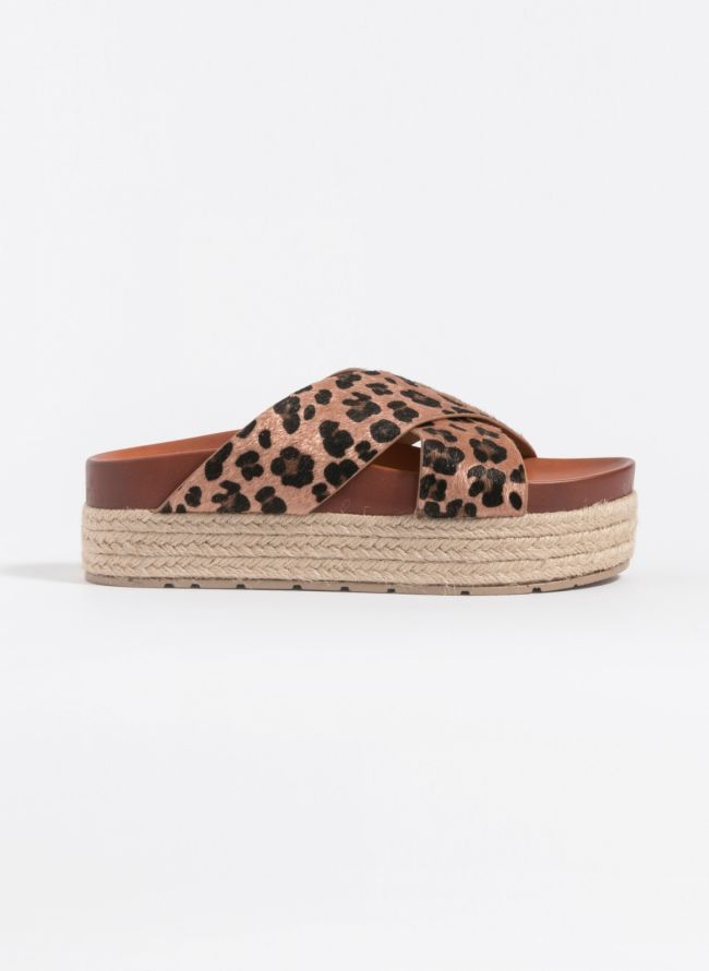 Estil ponyskin flatforms με σχοίνινη σόλα - Leopard