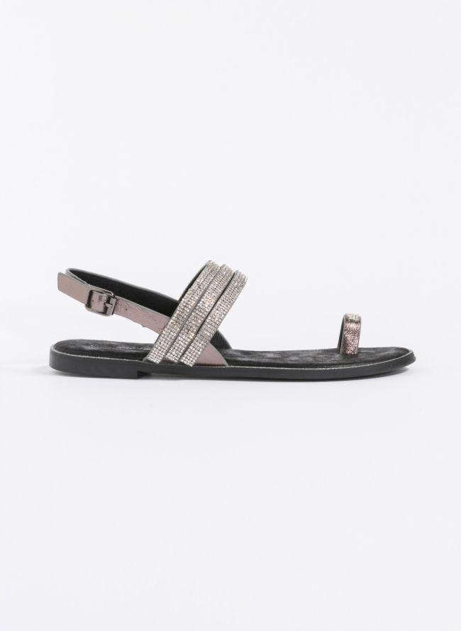 Flat σανδάλια με strass - Μαύρο