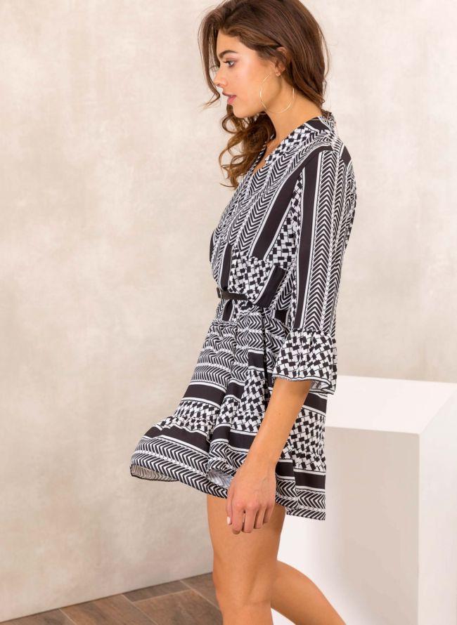 Φόρεμα σε άνετη γραμμή με γεωμετρικά σχήματα - Λευκό/Μαύρο