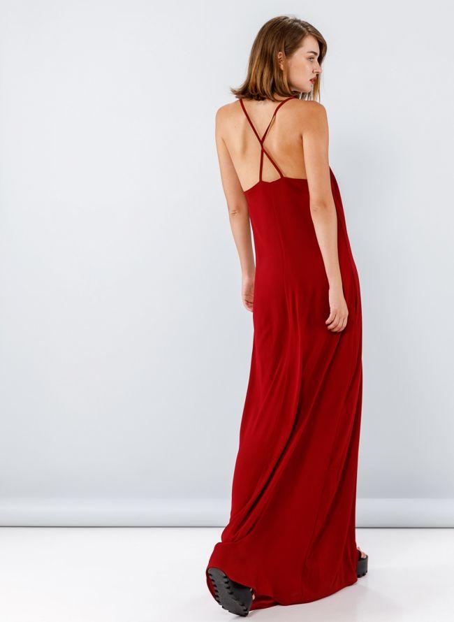 Maxi φόρεμα με λεπτά ραντάκια χιαστί στην πλάτη - Μπορντό