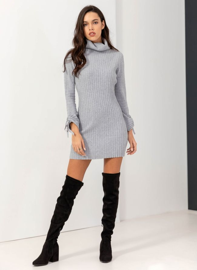 Φόρεμα με πουά τούλι στα μανίκια - Μαύρο - TheFashionProject a40d6936298