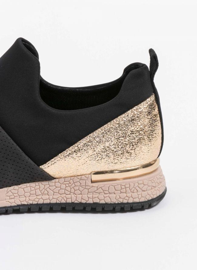 Slip-on sneakers με συνδυασμό υλικών - Μαύρο
