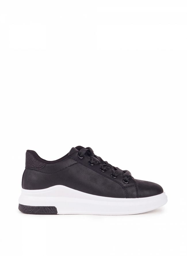Sneakers με κορδέλα - Μαύρο