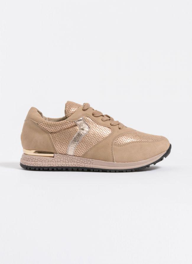 Sneakers με μεταλλική λεπτομέρεια στη σόλα - Πούρο