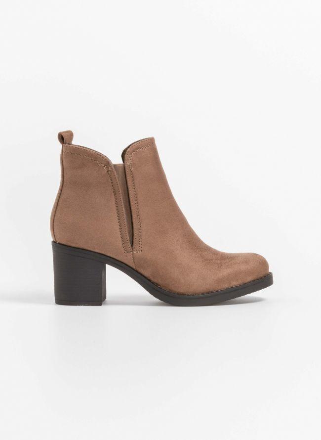 Suede ankle boots με λάστιχο στην εξωτερική πλευρά - Πούρο
