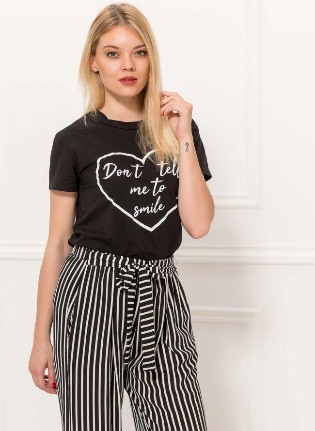 T-shirt με στάμπα - Μαύρο