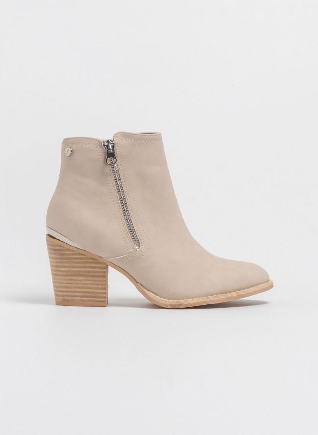 79eb218beec Western ankle boots με εξωτερικό φερμουάρ 48927 - Άμμου