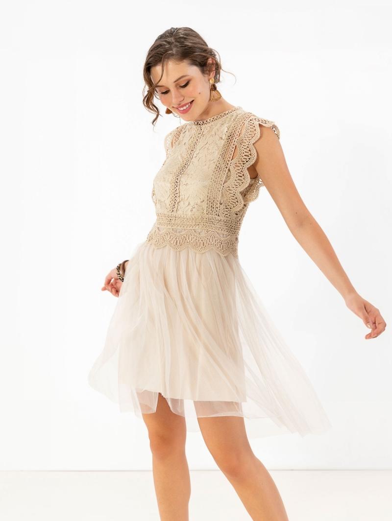 cfed3b5f3a1 Αμάνικο φόρεμα με δαντέλα και τούλι - Μπεζ