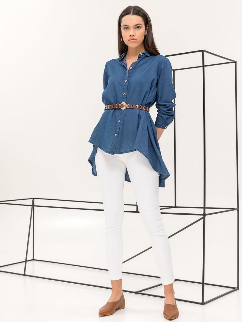 a5829f0b007e Ασύμμετρη denim πουκαμίσα - Μπλε jean - TheFashionProject
