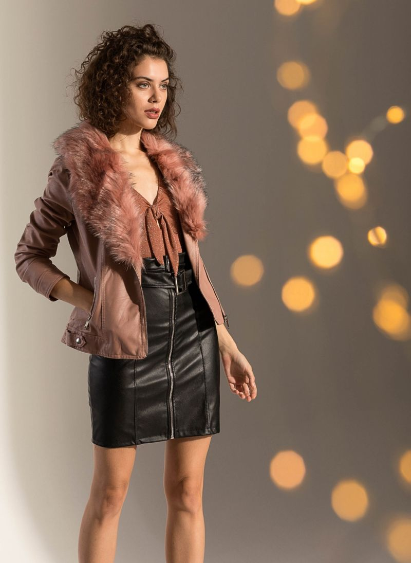 Biker jacket με γούνινη επένδυση - Ροζ - TheFashionProject cd086867ce5