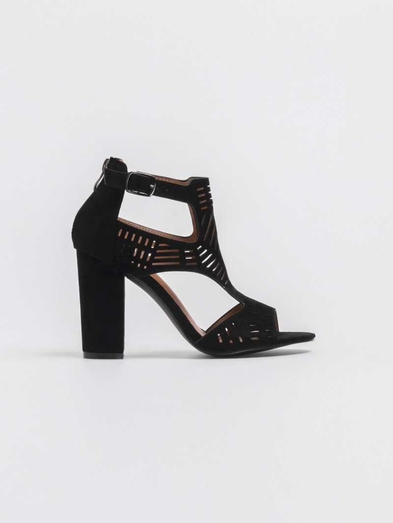5fce416849d Block heel πέδιλο-μποτάκι με διάτρητο σχέδιο - Μαύρο - TheFashionProject