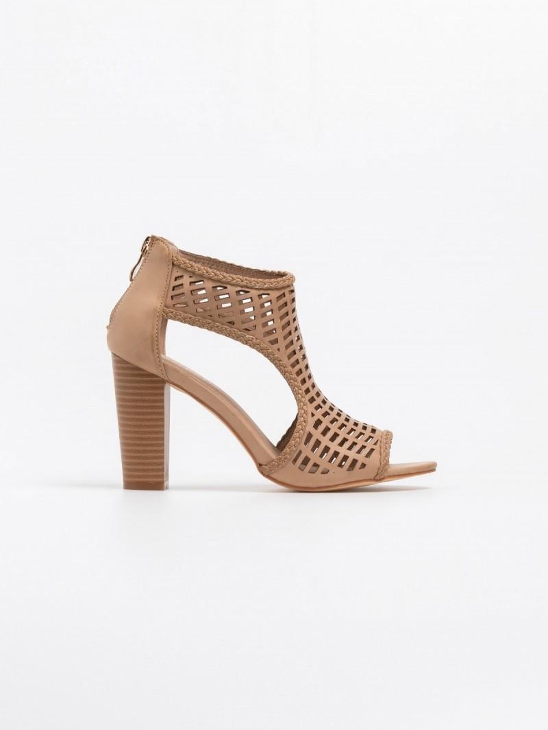 a6379163bd8 Διάτρητα peep toe ankle boots με ανοίγματα - Πούρο - TheFashionProject