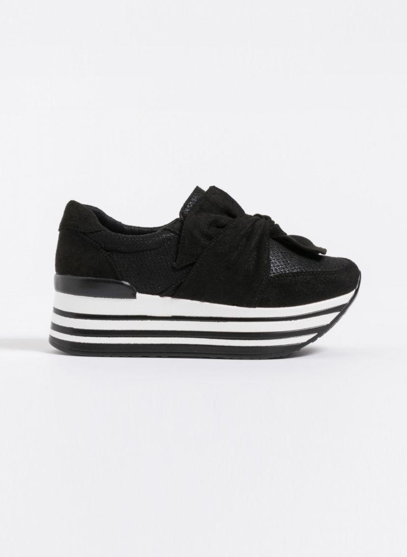Δίπατα slip-on sneakers με φιόγκο - Μαύρο - TheFashionProject 39e4a32dd98