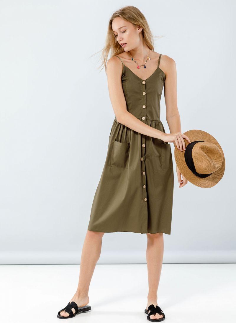 7cd14dc7b2e7 Φόρεμα ποπλίνα με ξύλινα κουμπιά - Χακί - TheFashionProject