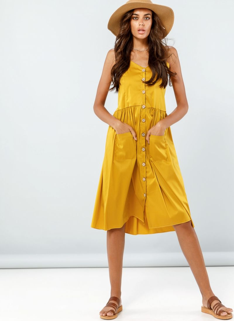 ae1b6654dc45 Φόρεμα ποπλίνα με ξύλινα κουμπιά - Μουσταρδί - TheFashionProject