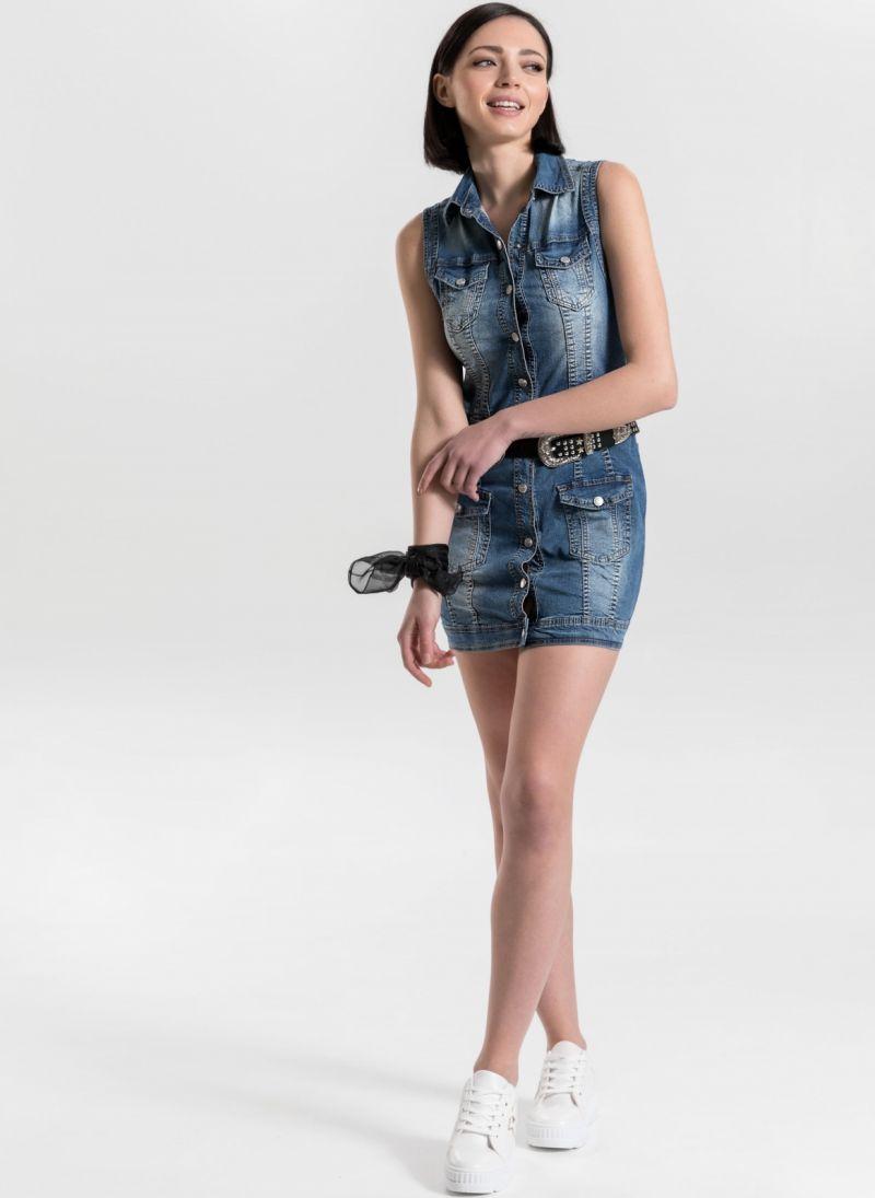 41d122c8e3f5 Φόρεμα τζιν με κουμπιά - Μπλε jean - TheFashionProject