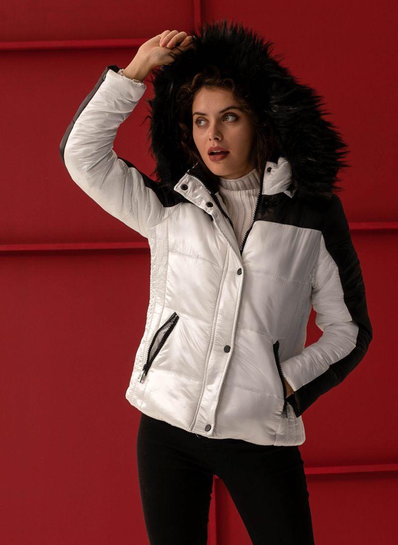 Καπιτονέ μπουφάν με κουκούλα - Λευκό Μαύρο - TheFashionProject f147b77a31a