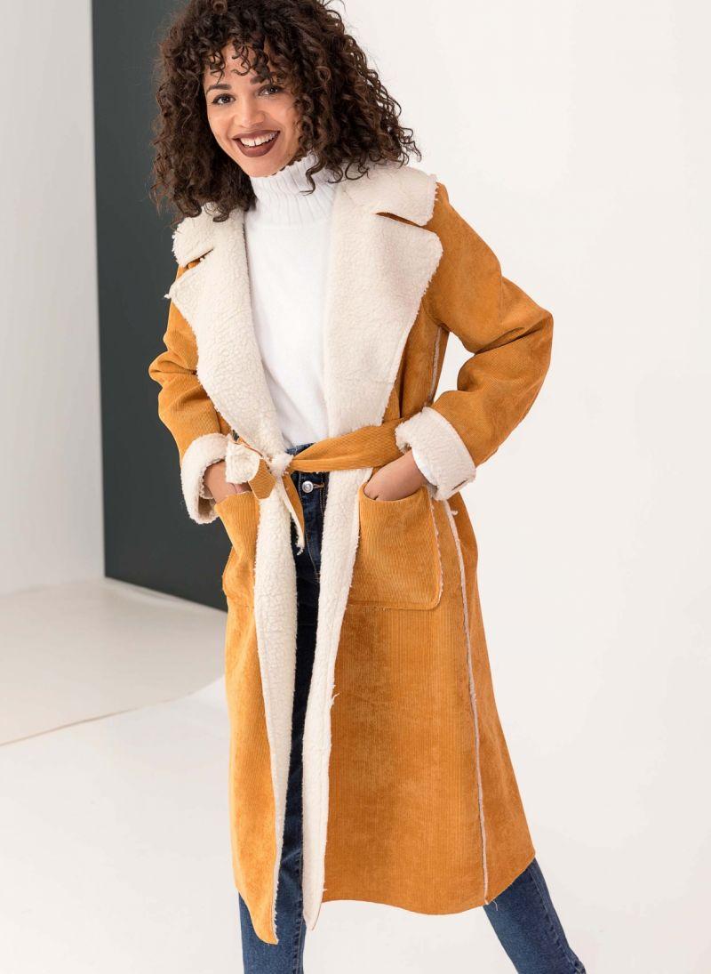 Κοτλέ παλτό με οικολογικό sheepskin - Μουσταρδί - TheFashionProject d80394b27c5
