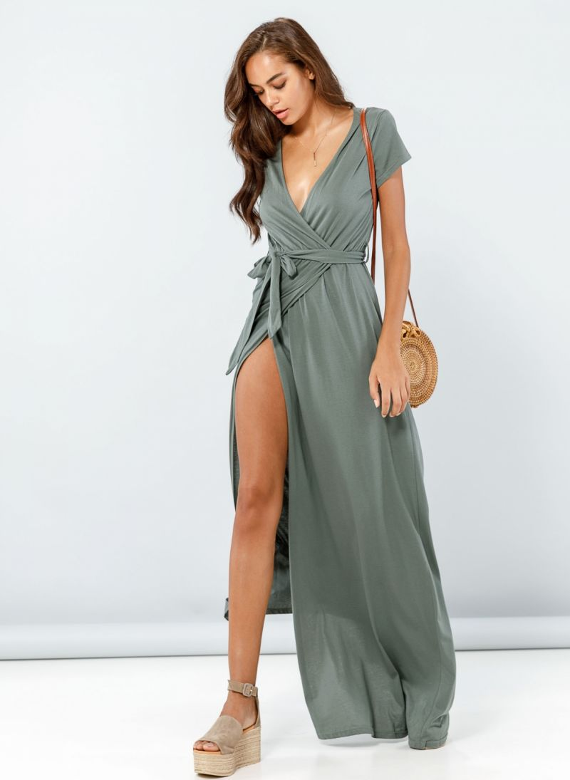 84e8f0034314 Κρουαζέ φόρεμα με άνοιγμα - Χακί - TheFashionProject