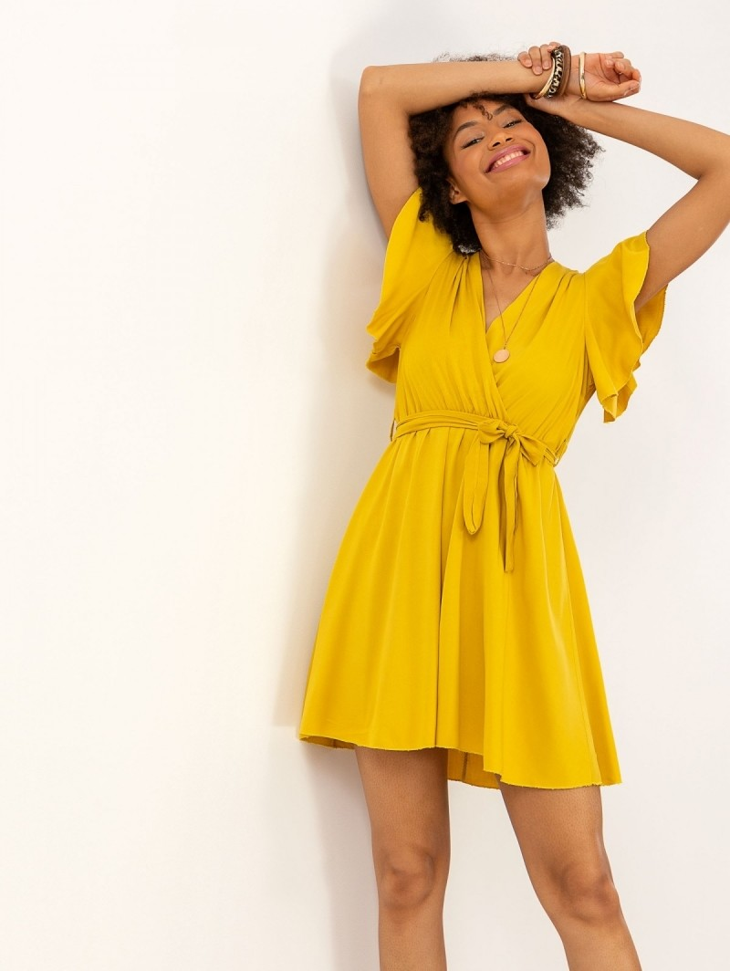 497480de4cac Κρουαζέ φόρεμα με βολάν στα μανίκια - Κίτρινο - TheFashionProject
