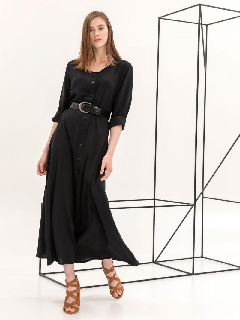 5b88bf35335c Maxi φόρεμα με κροκό ζώνη - Μαύρο - TheFashionProject