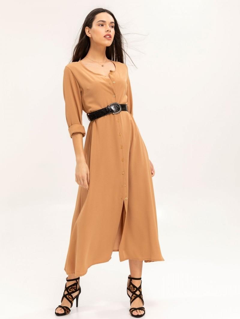 c5ce421281b7 Maxi φόρεμα με κροκό ζώνη - Κάμελ - TheFashionProject