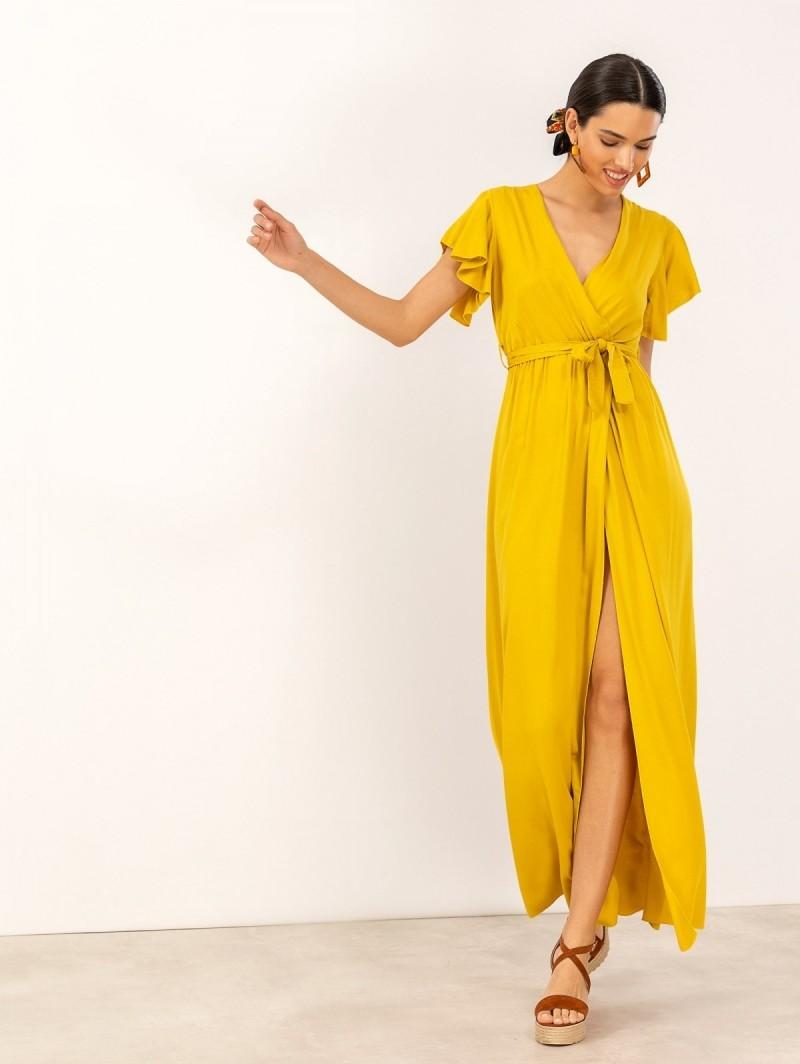 6276eec5160b Maxi κρουαζέ φόρεμα με άνοιγμα - Κίτρινο - TheFashionProject