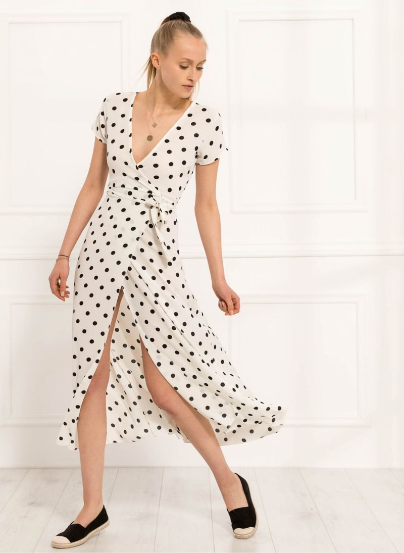 Maxi κρουαζέ πουά φόρεμα - Λευκό - TheFashionProject 9ecb3e6e430