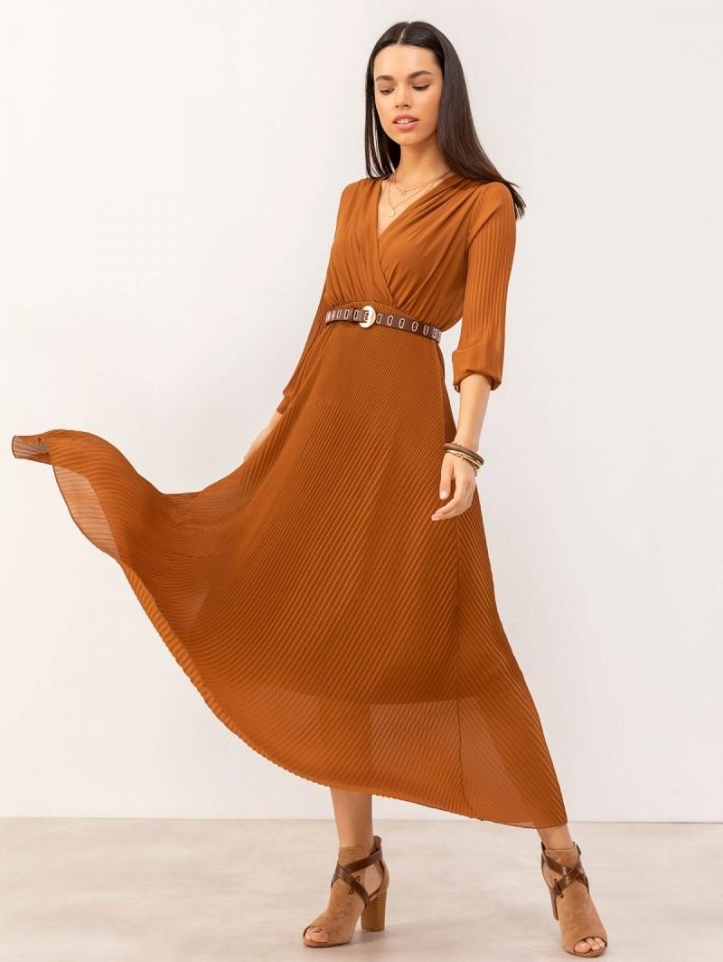 501cd8885027 Maxi πλισέ κρουαζέ φόρεμα - Κανέλα - TheFashionProject