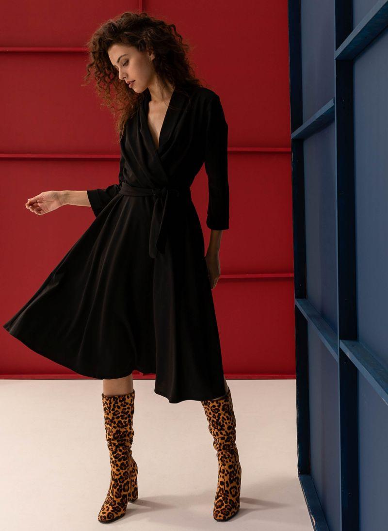 aefa5124d419 Midi φόρεμα κρουαζέ σε άλφα γραμμή - Μαύρο - TheFashionProject