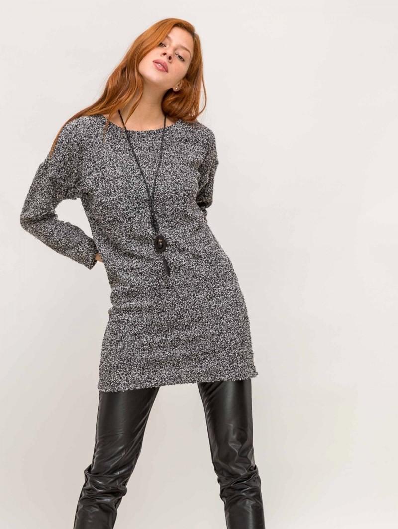 Πλεκτό casual mini φόρεμα με κολιέ - Γκρι - TheFashionProject c9d77ad34b2