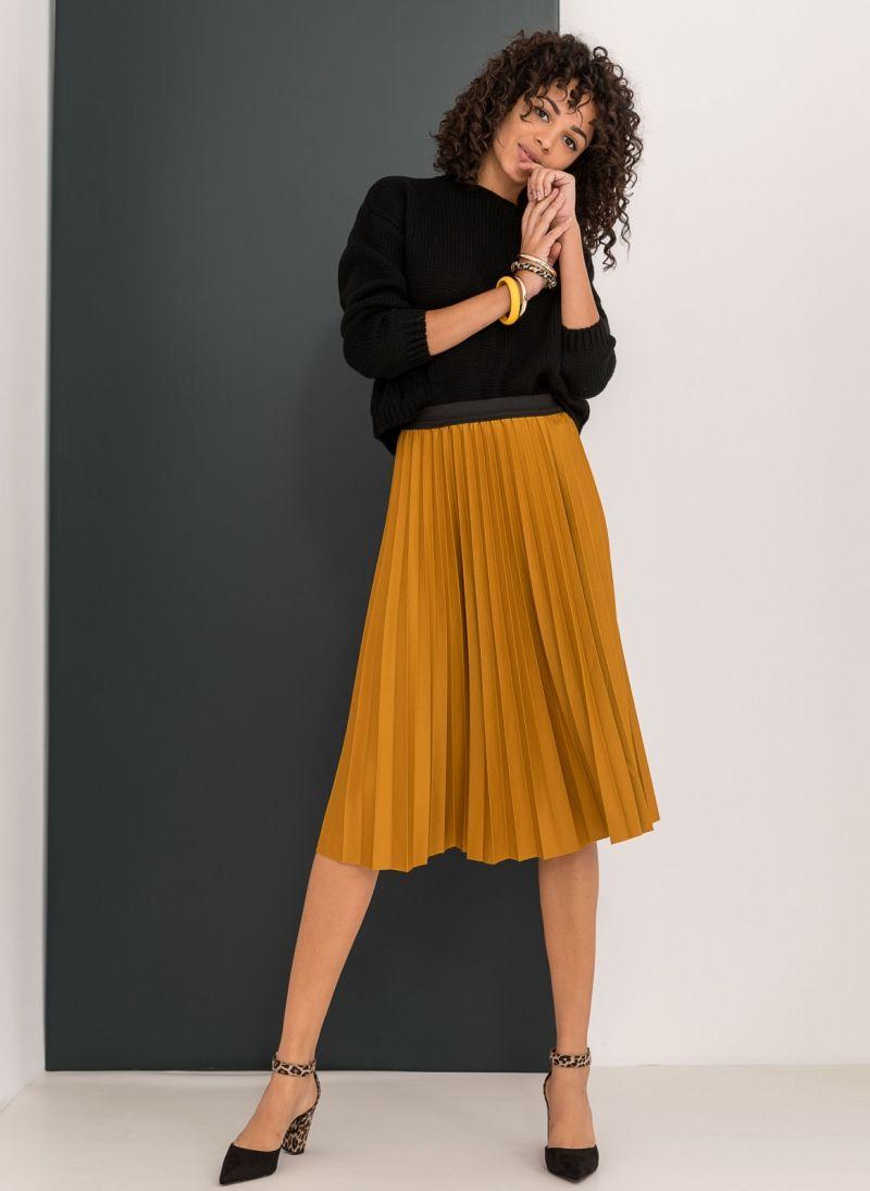 Πλισέ midi φούστα με λάστιχο στη μέση - Μουσταρδί - TheFashionProject ec21dfc618a