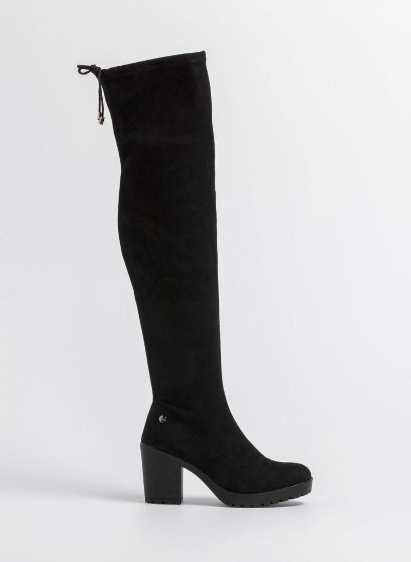1b695b3b87a Ψηλές μπότες με τρακτερωτη σόλα - Μαύρο - TheFashionProject