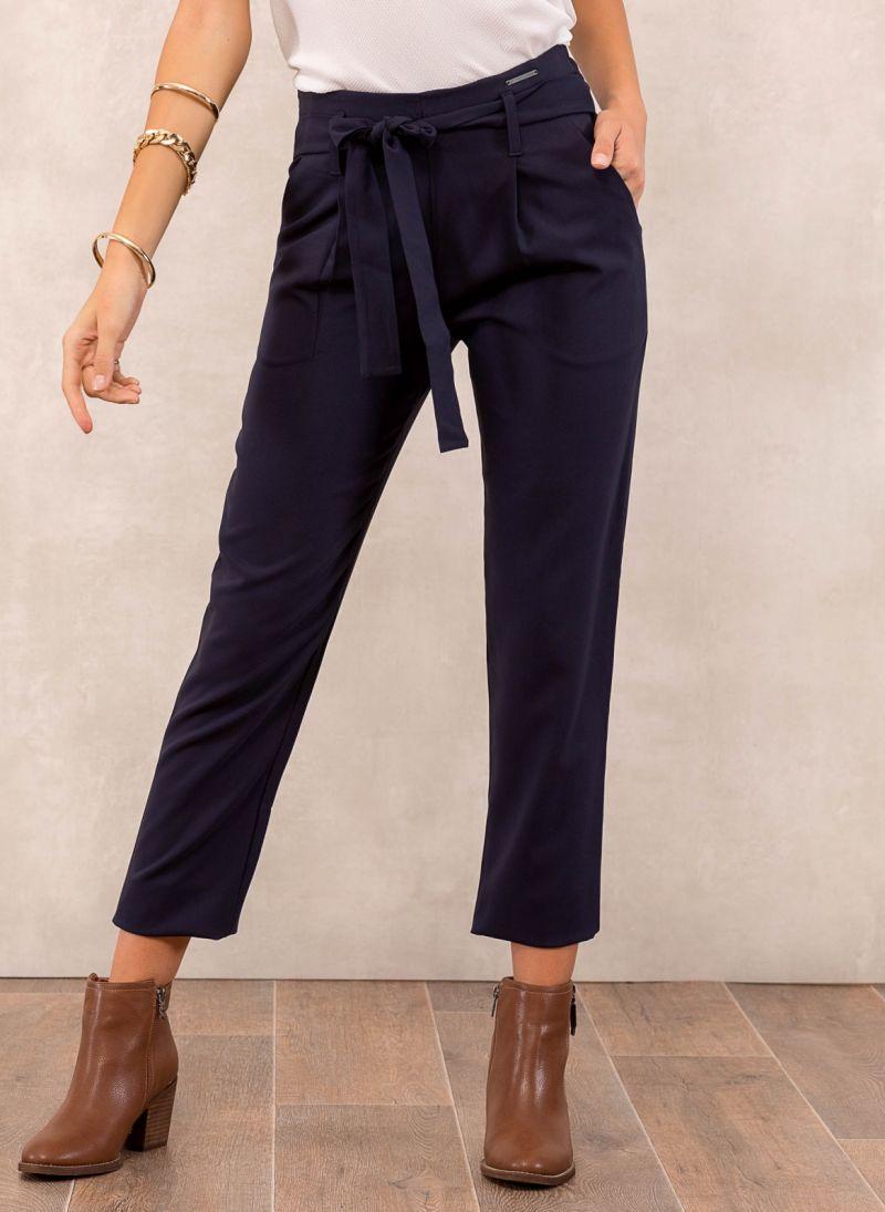 834d0c0cae8 Ψηλόμεσο υφασμάτινο παντελόνι με ζώνη - Μπλε σκούρο - TheFashionProject