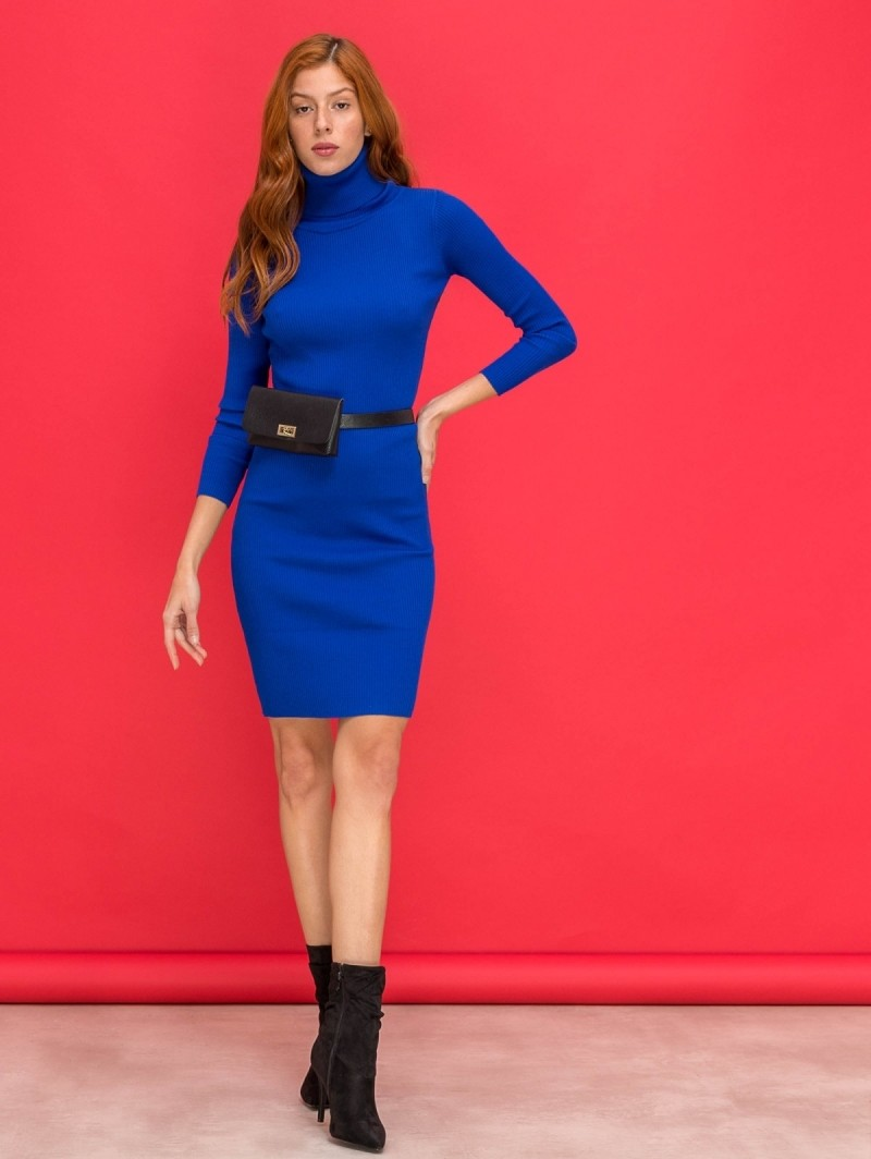 cb6170139015 Ριπ εφαρμοστό φόρεμα με ζιβάγκο - Ίντιγκο - TheFashionProject