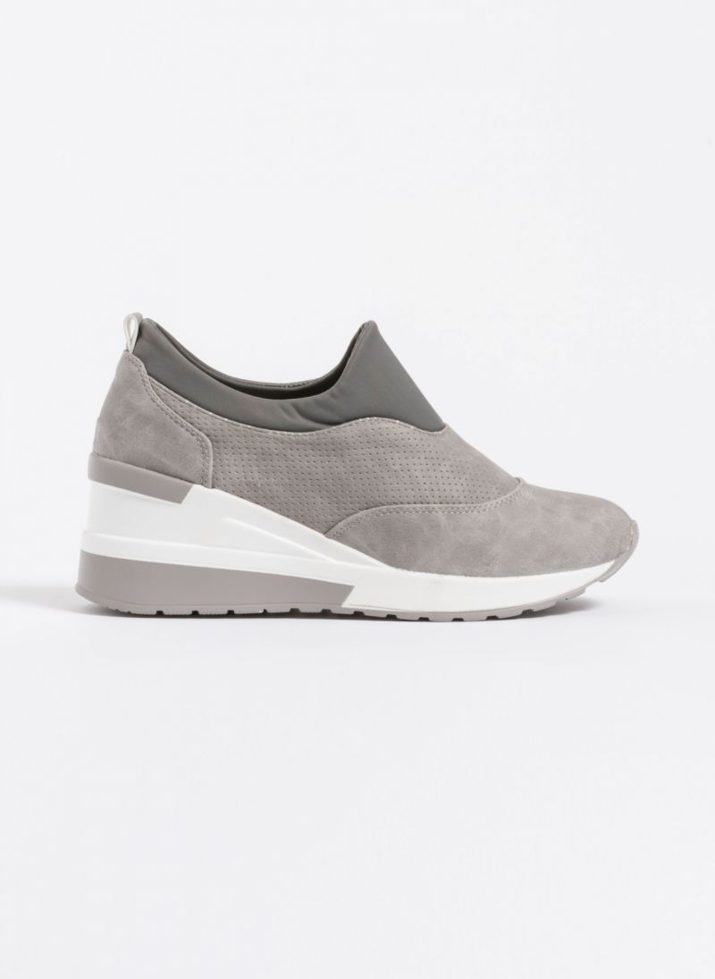 1128649d74a Slip on sneakers με τακούνι - Γκρι - TheFashionProject