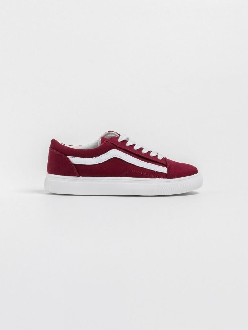 Υφασμάτινα sneakers με λευκή ρίγα στο πλάι - Μπορντό - TheFashionProject 63af4709006