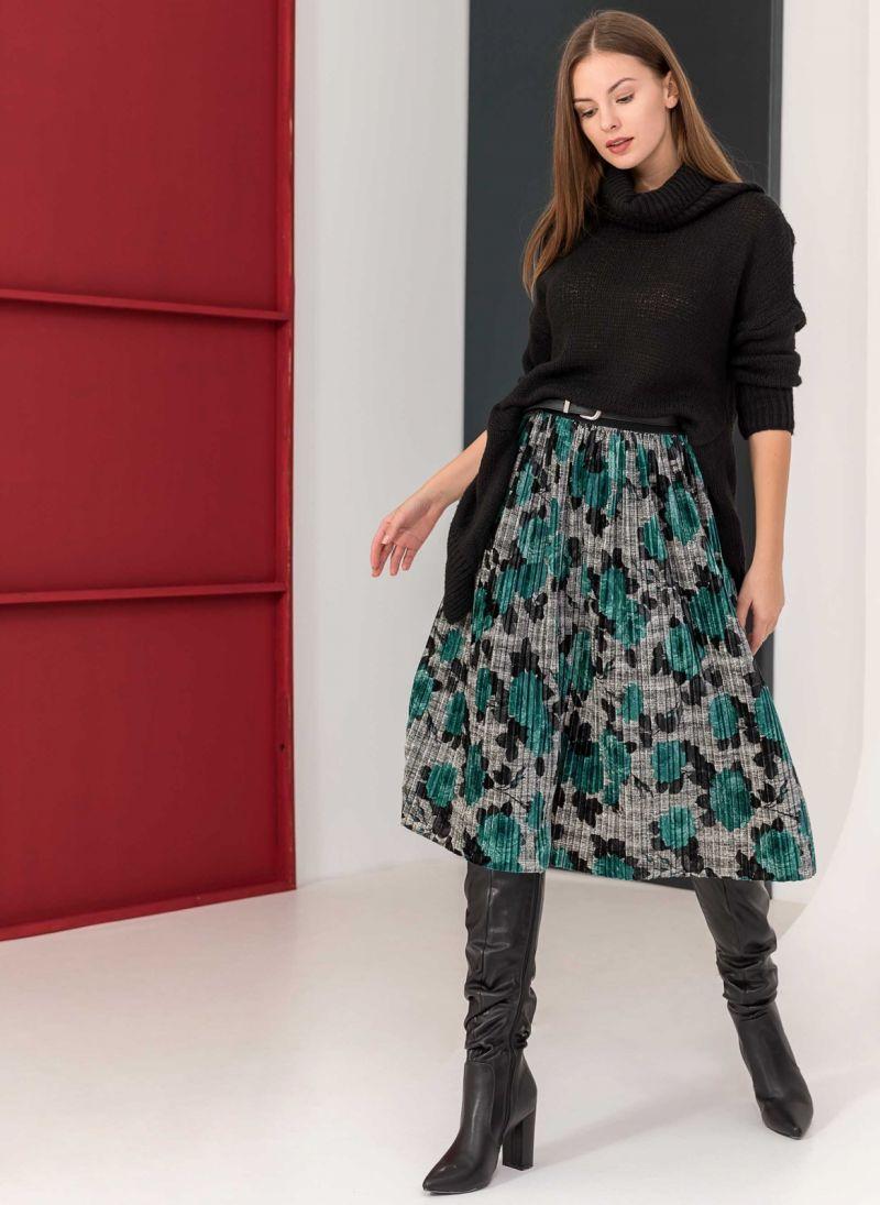 Βελουτέ πλισέ φούστα με λουλούδια - Κυπαρισσί - TheFashionProject 8408d4e32fb